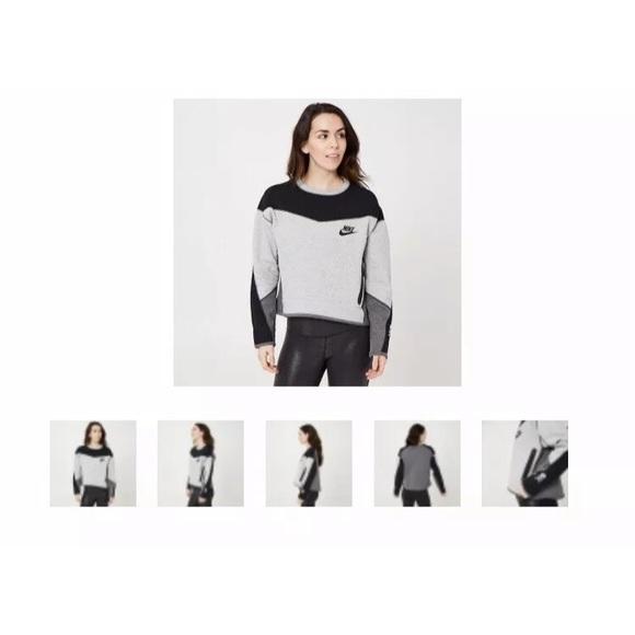 Nike Sweaters - Nike Tech Fleece Crew SoulCycle